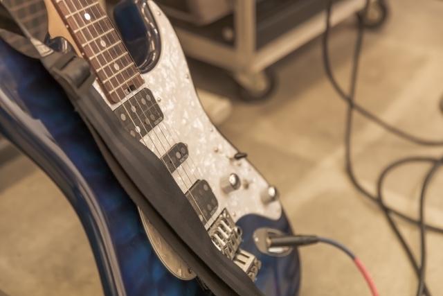 エレキギター ロック式トレモロ